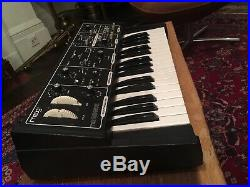 Moog The Rogue Vintage Analog Synth Classic 1981 Monophonic Synthesiser