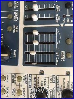 Roland SH-32 Synthesizer Module Sequencer Drum Machine Vintage