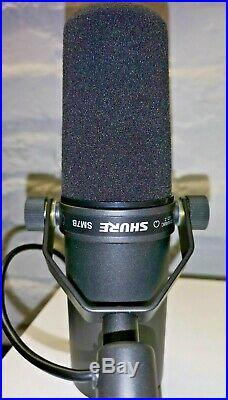 Shure SM 7B Dynamisches Mikrofon für Studioaufnahmen unbenutzt 299